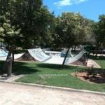 Vista general del skatepark de Puzol en el parque Josep Ribelles